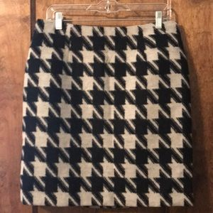Black and White Houndstooth Mini Skirt